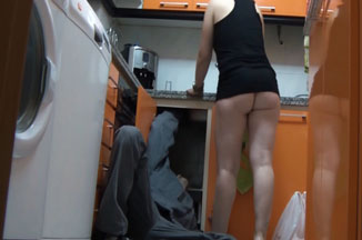 Mi mujer Anais se ha follado al fontanero 1